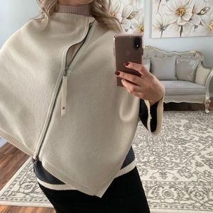 lululemon athletica Sweaters - Lululemon athletica cream poncho